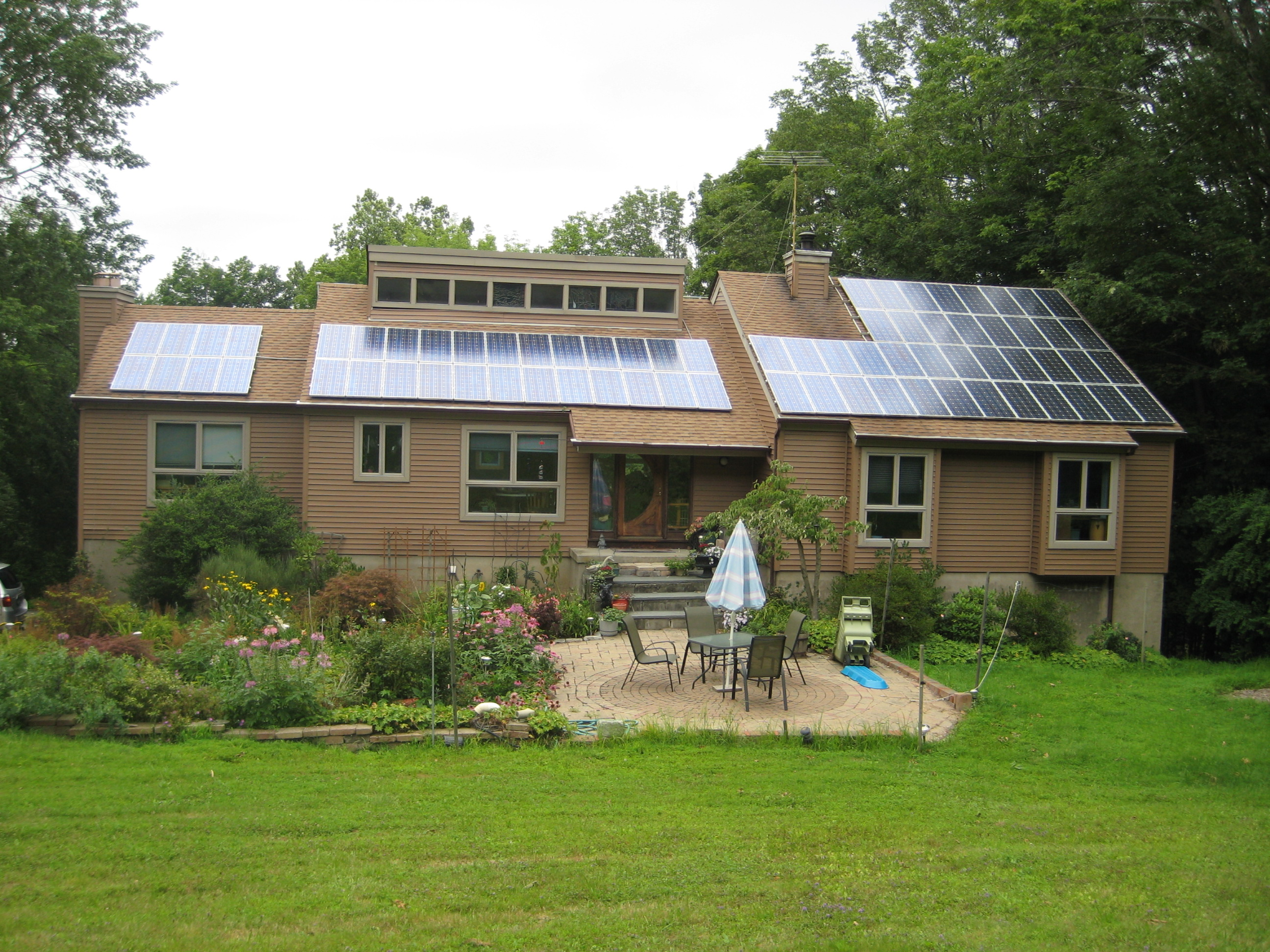 Sun power from my roof for Solar panel house plans